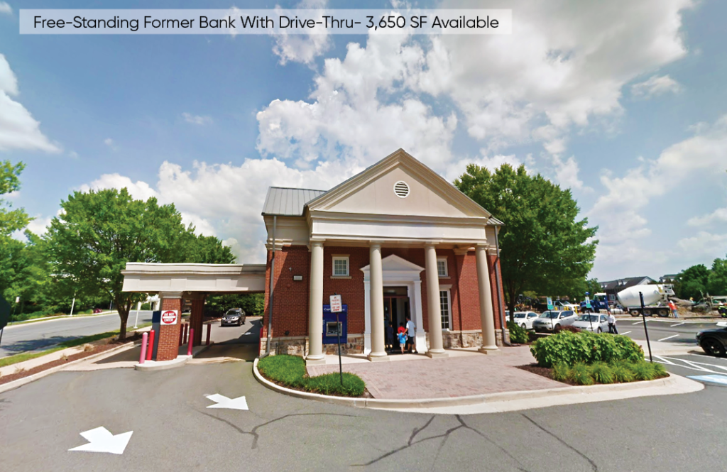 Brambleton Town Center virginia loudoun county former Bank space Photo of storefront of retail space property for lease